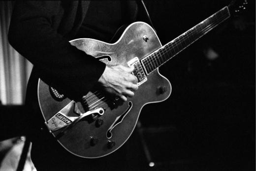 Goldenboy's guitar at Silverlake Lounge image by Keena Gonzalez